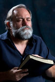 Bearded Man Praying — Stock Photo