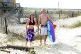 Couple Headed To Beach — Stock Photo