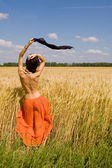 Happy women in the wheat — Stok fotoğraf