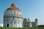 Cathedral and Leaning tower of Pisa. — Stock Photo