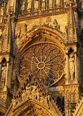 Rosetón de la Catedral de reims, Francia — Foto de Stock