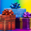 Red and blue gift boxes — 图库照片