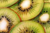 Närbild studio skott av kiwifrukt — Stockfoto