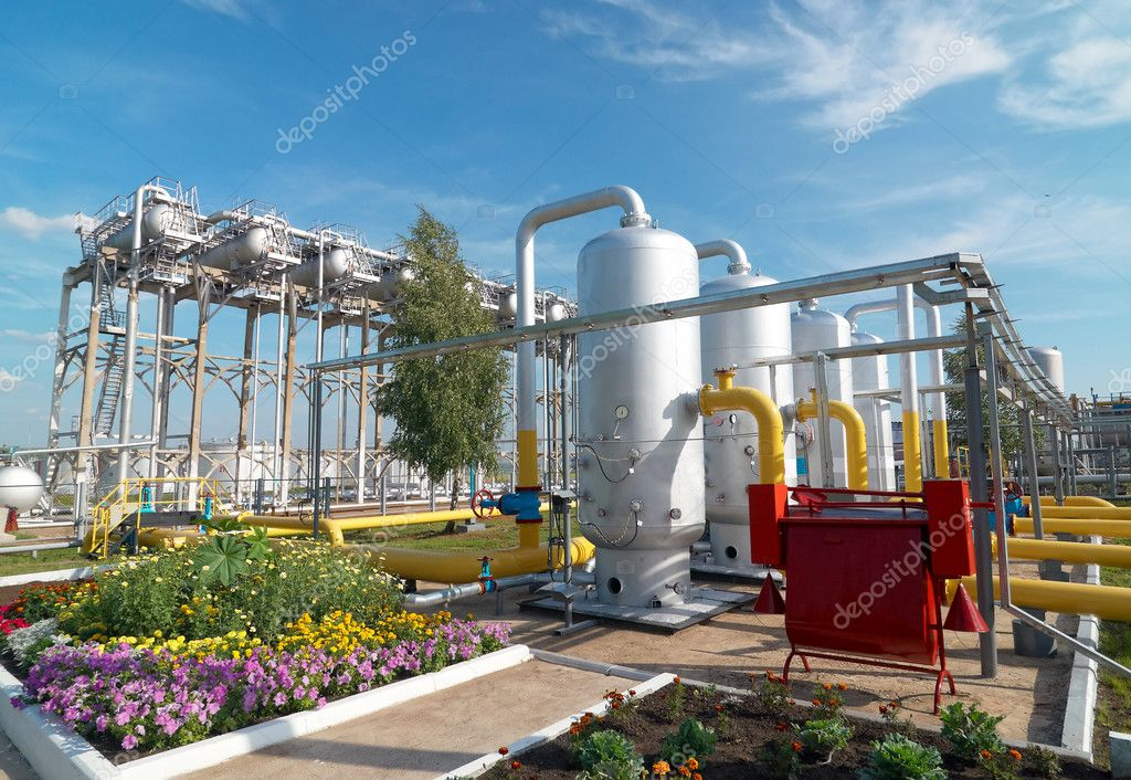 Oil and gas industry. Gas processing factory — Lizenzfreies Foto #1823509