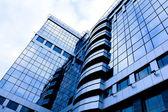 Widok perspektywiczny planowanego na nowoczesnym budynku — Zdjęcie stockowe