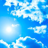 Sun over blue sky — Stock Photo
