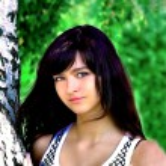 Smile teen standing near birch — Stock Photo