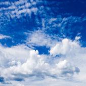 Beautiful blue sky — Stock Photo