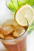 Ice tea with lemon — Stock Photo