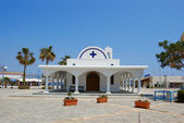 White church and palms, Agia napa — Stock Photo