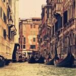 traditionele Venetië gondel rit — Stockfoto