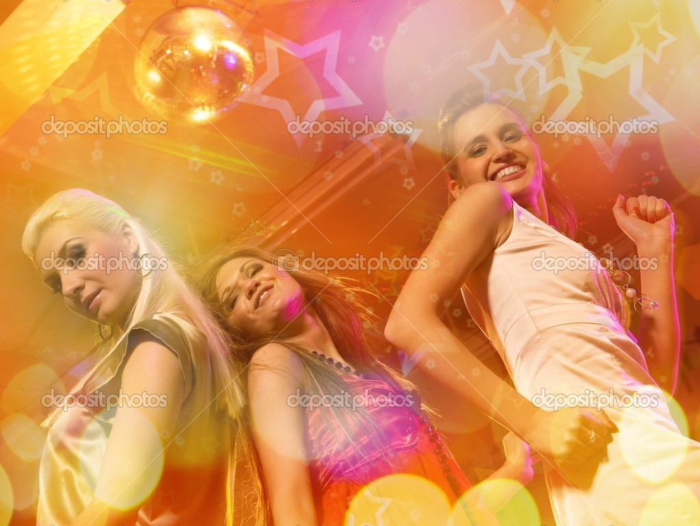 Girls dancing in the night club  — Stockfoto #1420878