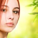 Beautiful redhead woman close-up potrait — Stock Photo