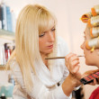 Young woman in beauty salon — Stockfoto
