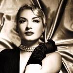Lovely woman retro portrait — Stock Photo #2086627