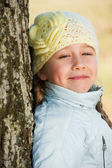 Beautiful young girl close-up portrait — Stock Photo