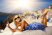 Beautiful girl on Santorini Island — Stock Photo