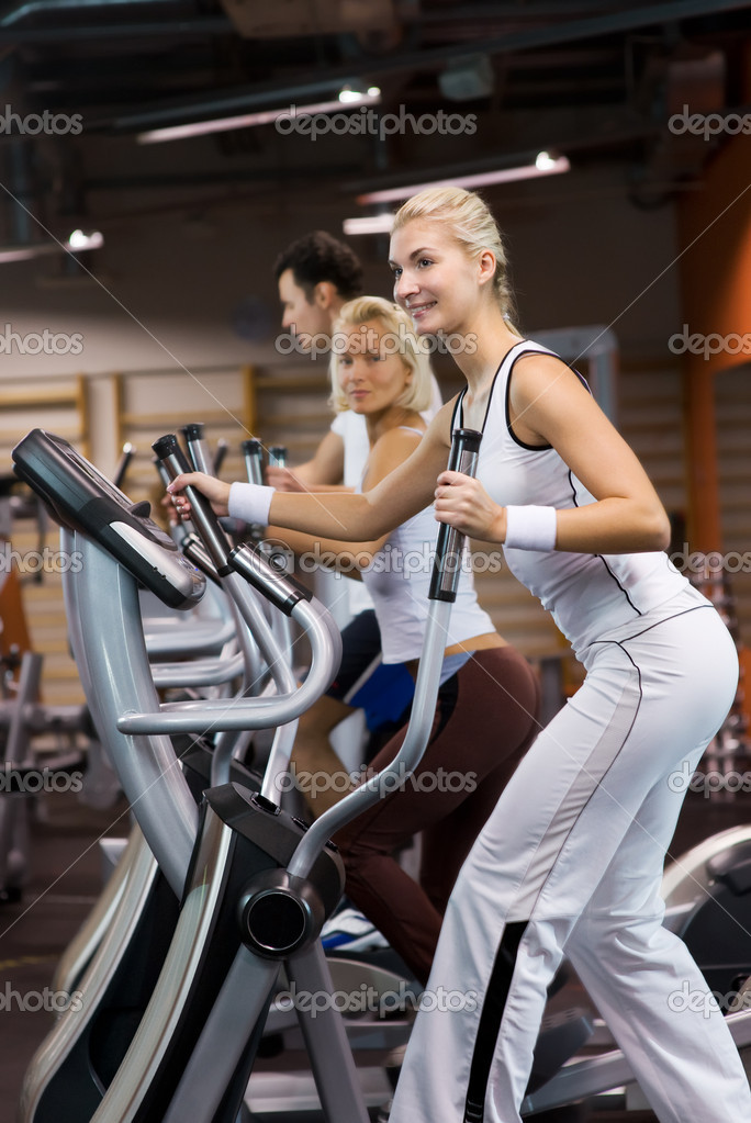 Group of jogging in a gym — Stock Photo #2084254
