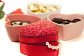 Valentine gift and chocalate truffles — Stock Photo
