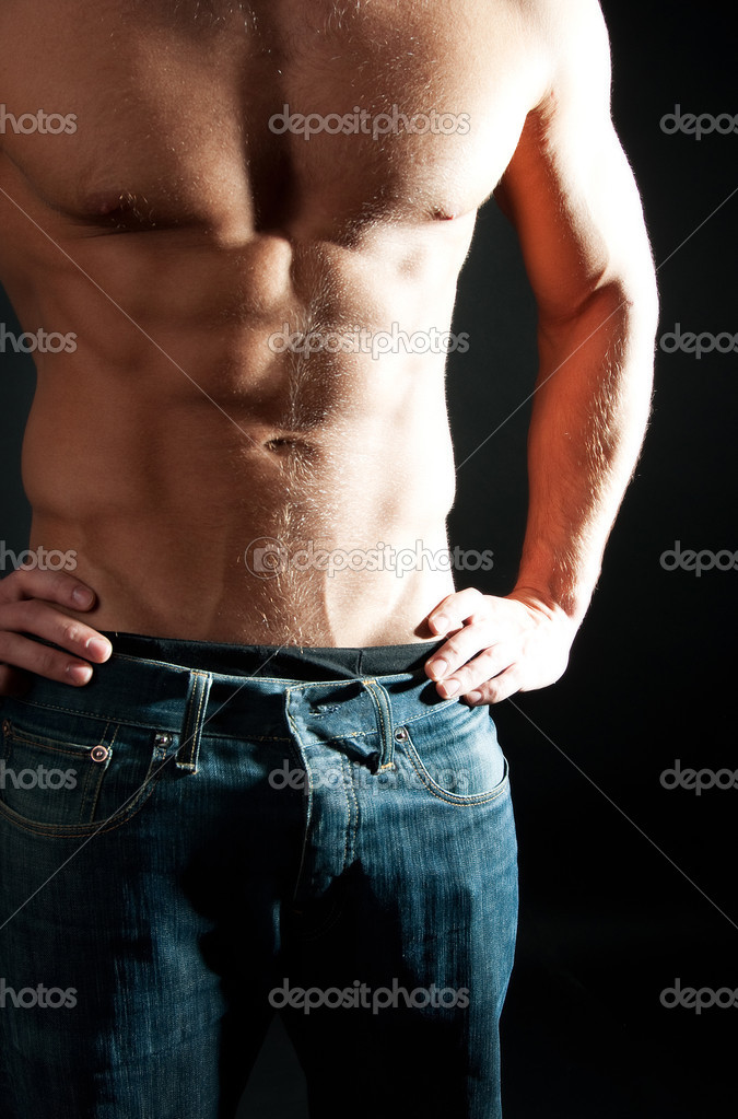 Man showing his muscular body — Stock Photo #1538208