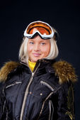 Studio shot of snowboarder — 图库照片
