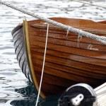Small wood boat — Stock Photo #1420172