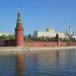 Moscow Kremlin wall, Moscow river — Stock Photo #1482959