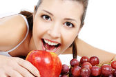 Beauty girl and nice fruits — Stock Photo