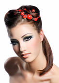 Creativity hairstyle and fashion make-up — Stock Photo