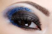 Blue style fashion make-up — Stock Photo