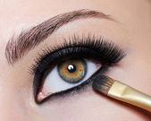 Bright black eye make-up — Fotografia Stock