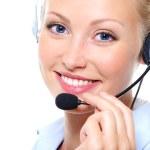 kvinnlig operatör med hörlurar — Stockfoto