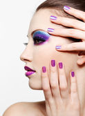 Face with bright fashion make-up — Stock Photo
