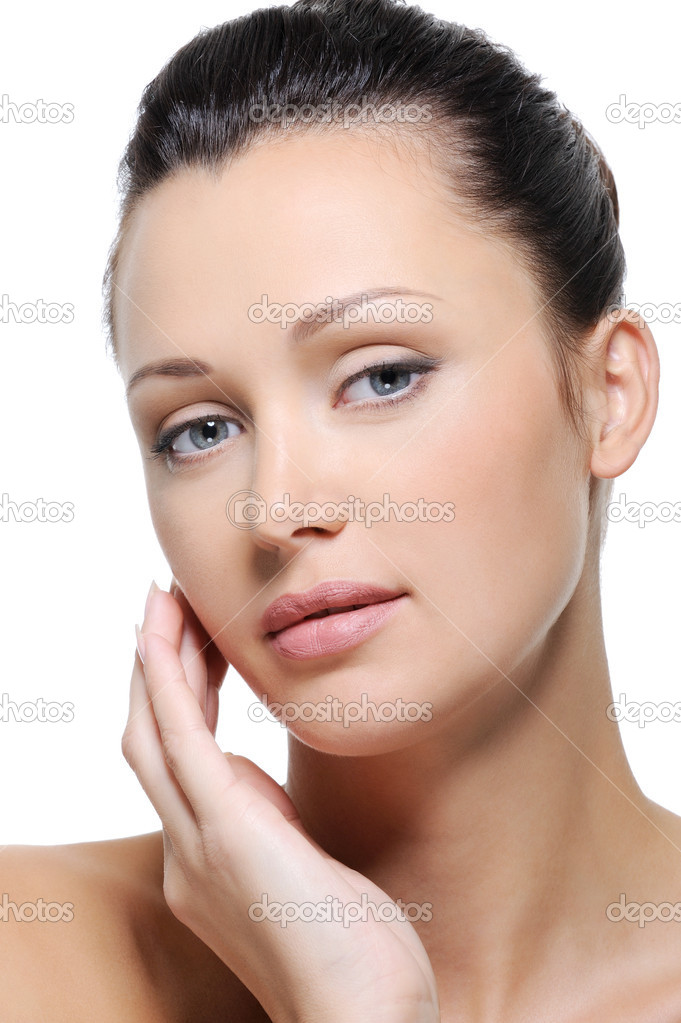 Clean fresh healthy skin of woman face with blue eyes — Stock Photo #1535189