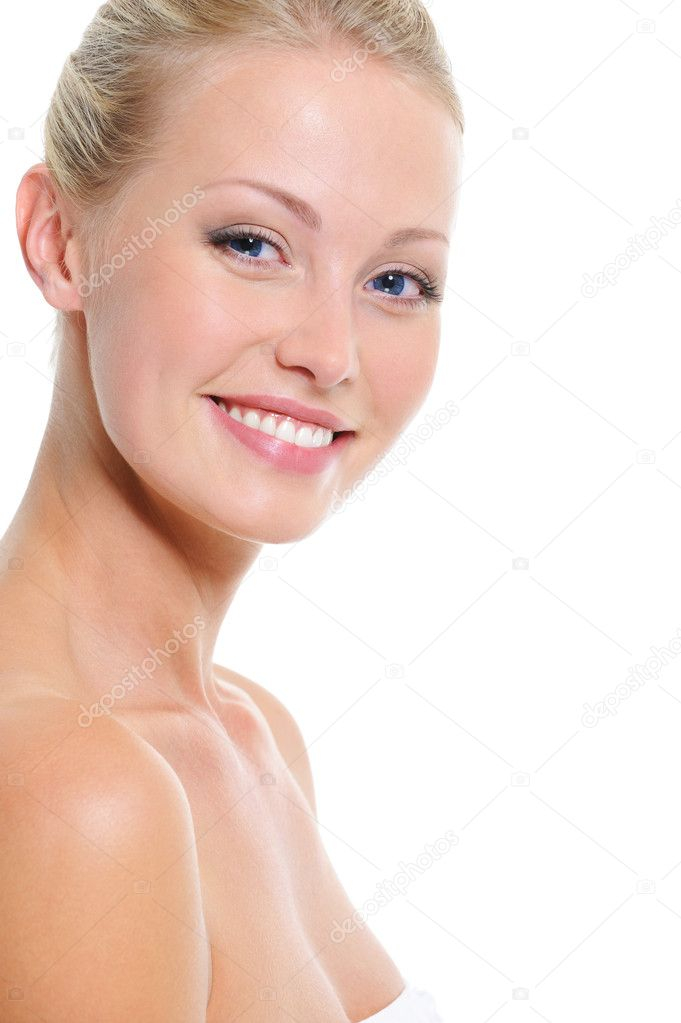 Laughing beautiful pretty face of young woman with toothy smile — Stock Photo #1546815