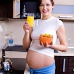 Gesundes Essen für schwangere — Stockfoto