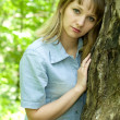 Girl and tree — Stock Photo