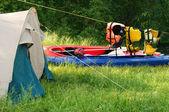 Tent and kayak — Stock Photo