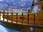 Boat in Alania bay - Tourkey — Stock Photo