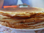 Traditional russian meal - pancakes — Stock Photo