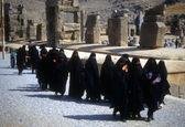 Grupp beslöjade iranska kvinnor — Stockfoto