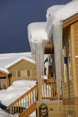 Large icicles on Townhouses — Photo