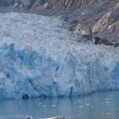 Glacier dropping into ocean — Stock Photo #2006138