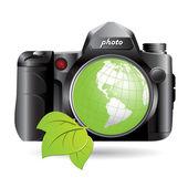 Camera and green globe — Stock Vector