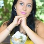 Portrait girl with ice-cream — Stock Photo