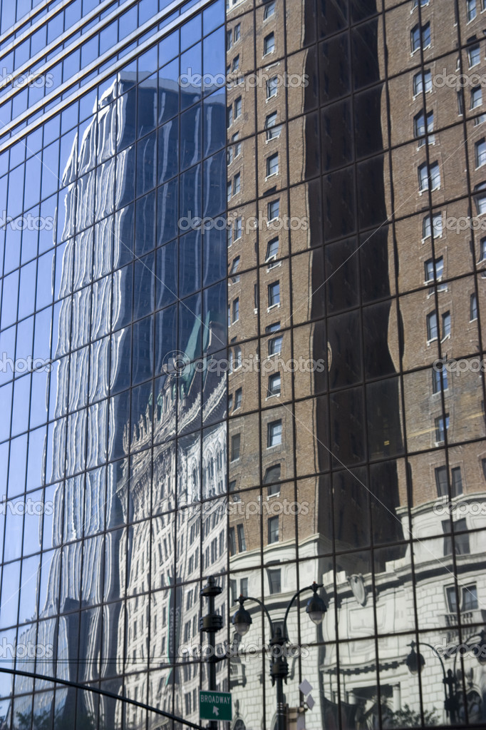 A nice reflection on a skyscraper in manhattan — Stok fotoğraf #1463298