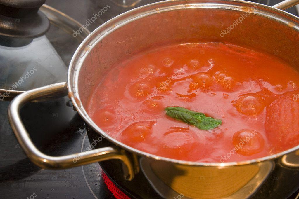 Как сделать подливу к макаронам из помидор