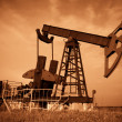 Oil pump jack — Stockfoto