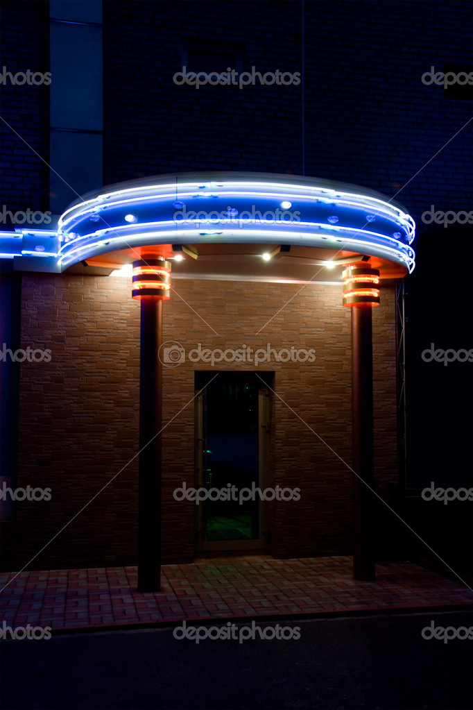 Gate in night bar. Neon illumination. — Zdjęcie stockowe #1451665