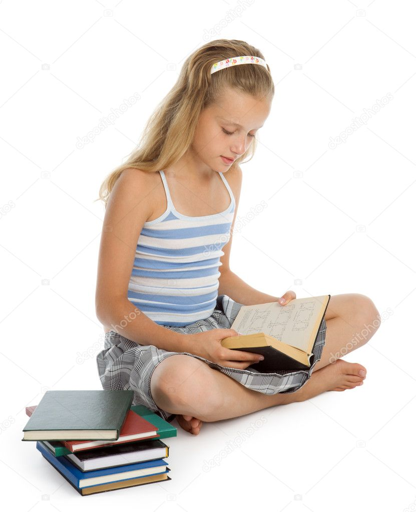Pretty teenager girl sit on floor and reading book  — Stock Photo #1552347